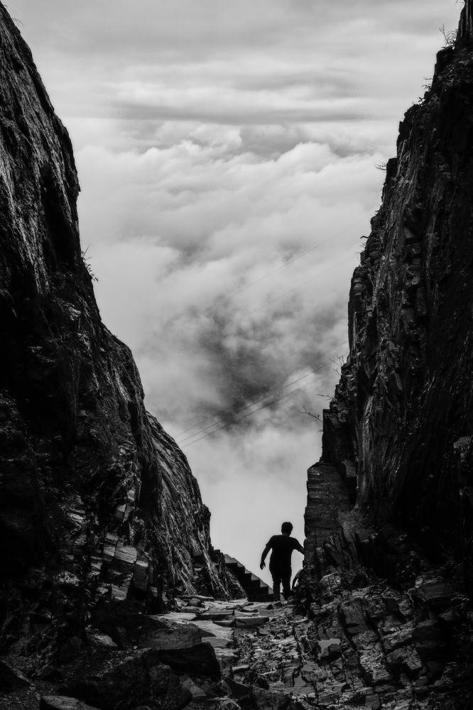 Rock Climbing in Satpura Mountains