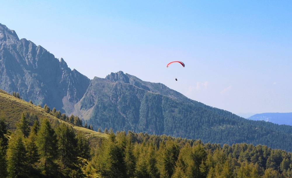 paragliding in Manali India