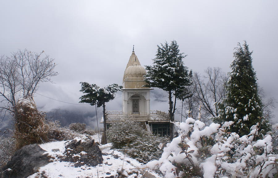 snowfall in mussoorie india