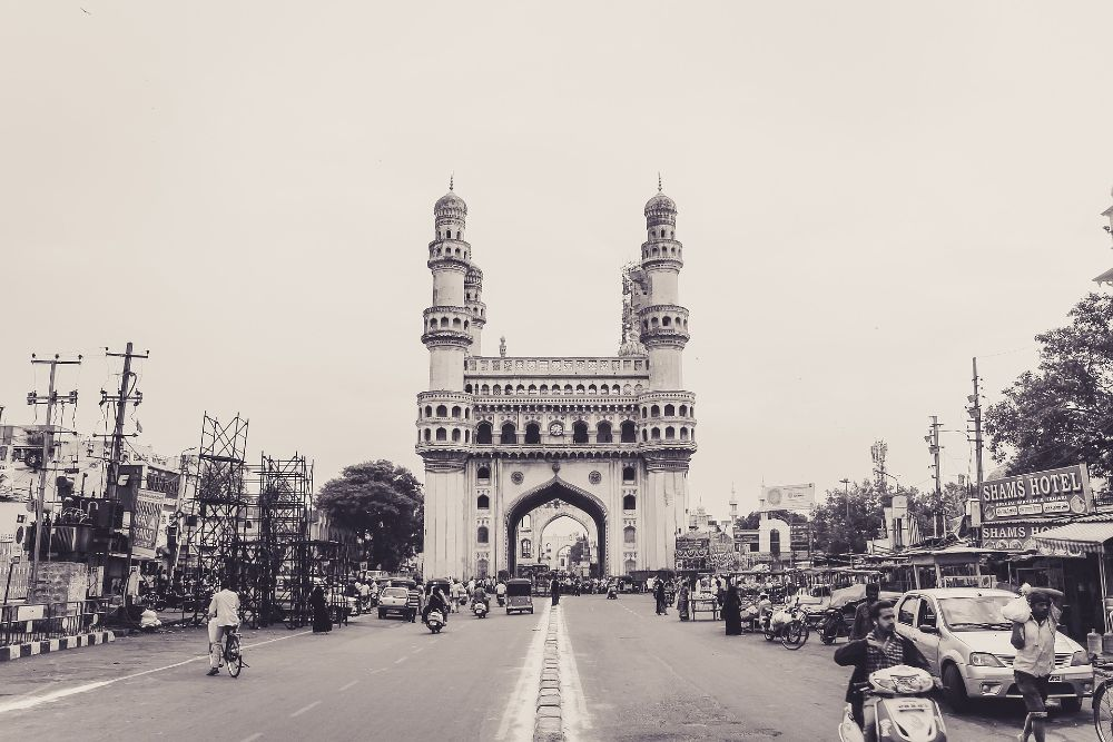 Charminar historical places in India