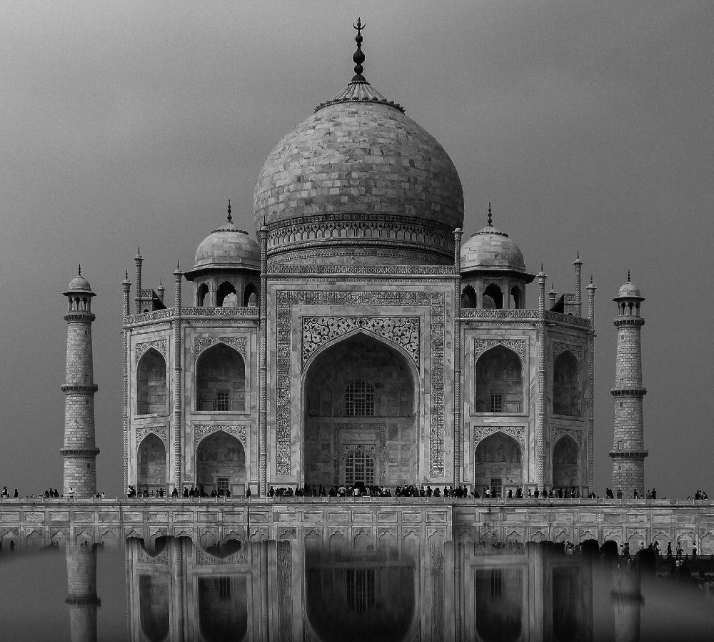 Taj Mahal historical places in India